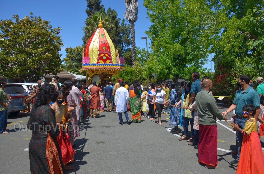 Sri Jagannath Ratha Yatra - Fremont Temple, Fremont, CA, USA - Picture 11 of 25