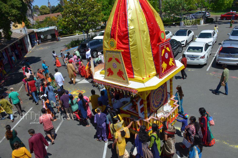 Sri Jagannath Ratha Yatra - Fremont Temple, Fremont, CA, USA - Picture 29 of 50