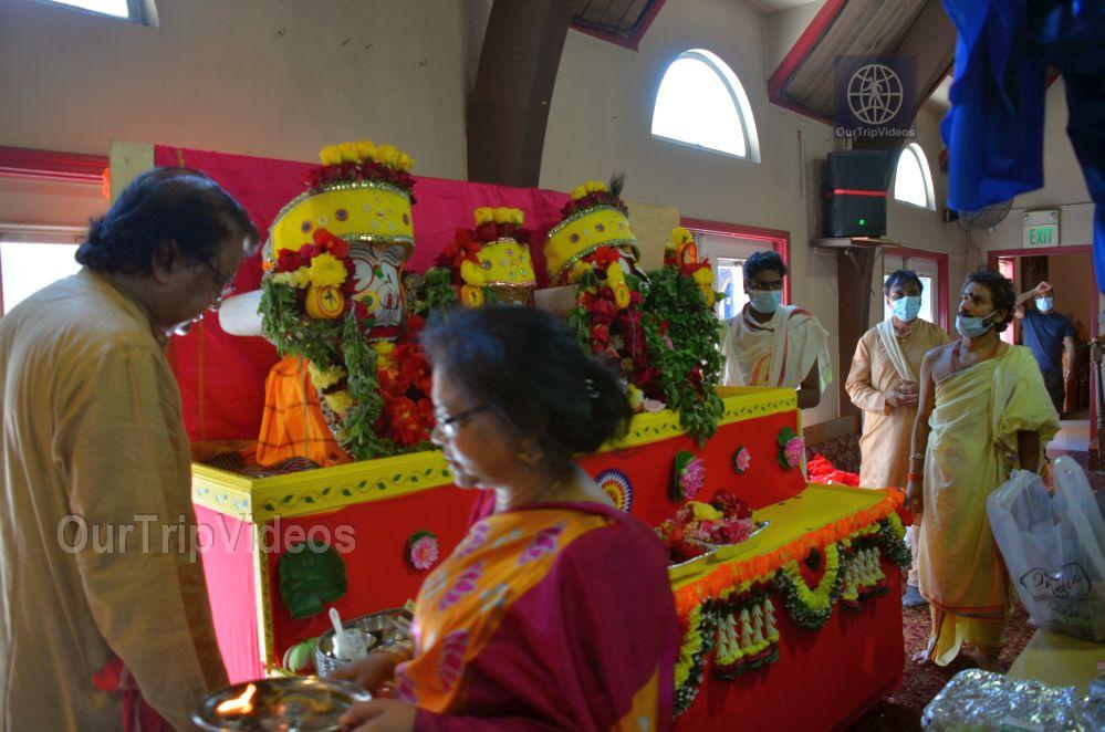 Sri Jagannath Ratha Yatra - Fremont Temple, Fremont, CA, USA - Picture 45 of 50